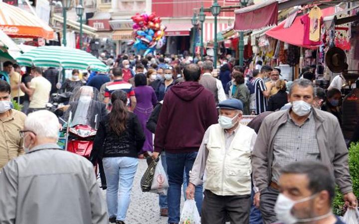 17 günlük kısıtlama bitti herkes kendini sokağa attı! Tüm Türkiye'de aynı görüntü var