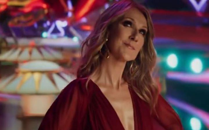 Dünyaca ünlü şarkıcıdan şeytani klip: Bebek cinsiyetleri tek tek...
