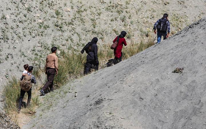 Afgan mülteciler akın akın geliyor! Her şeyi anlattılar çarpıcı ayrıntılar ortaya çıktı