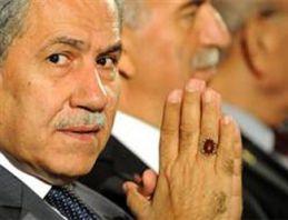 AK Parti'den Bülent Arınç'a jet yanıt!