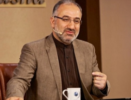 Ünlü ilahiyatçı TRT'yi topa tuttu: Uydurulmuş din satıyor