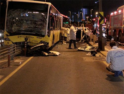 Kadıköy'de katliam gibi kaza