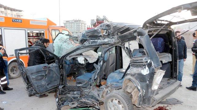 Ağrı'da korkunç kaza! 7 kişi hayatını kaybetti