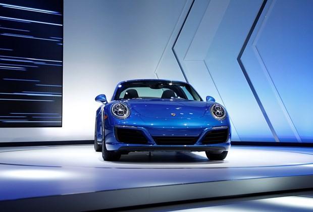 En yeni otomobil modelleri LA Otomobil Fuarı - Sayfa 1
