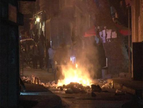 Beyoğlu'nda korsan gösteriye müdahale!