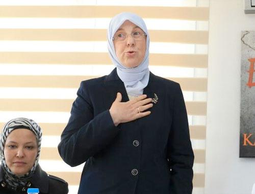 Sema Ramazanoğlu kimdir başörtülü bakan nereli?