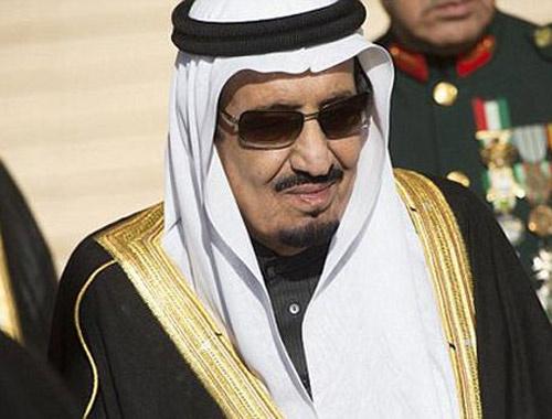 Suudi Kralı bin kişi ile ünlü oteli kapattı!