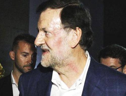 İspanya Başbakanı'na yumruklu saldırı