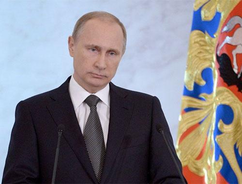 Vladimir Putin Kremlin'de rekor kırdı
