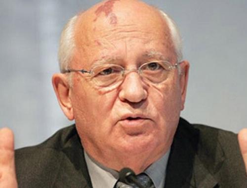 Gorbaçov'dan taraftara diyalog çağrısı!