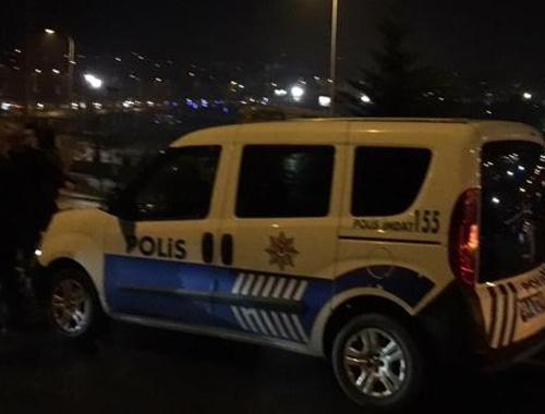 İstanbul'da polis aracına silahlı saldırı!