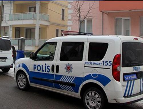 Akademisyenlerin evine polis baskını