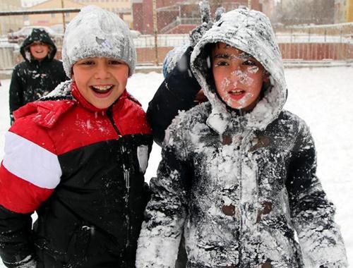 Sivas'da yarın 5 Ocak 2016 okullar tatil mi?
