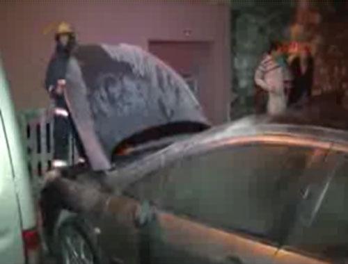Kagıthane'de 5 araç kundaklandı
