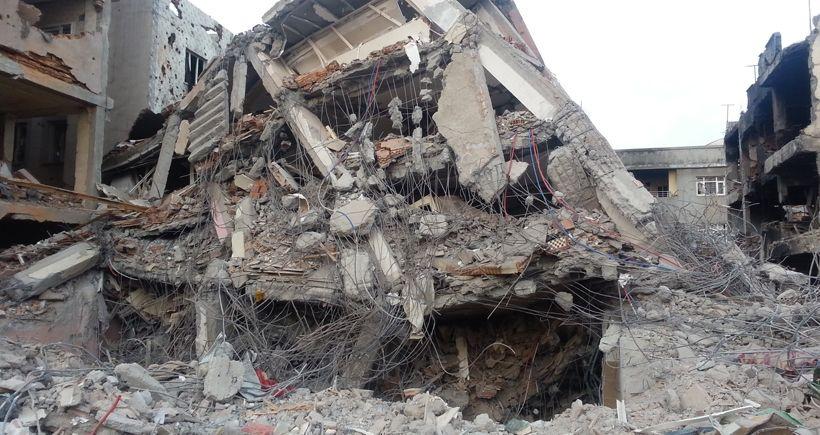 Cizre'de patlama yaralılar var işte son haberler