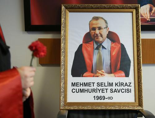 Mehmet Selim Kiraz unutulmadı şehit savcı böyle anıldı!