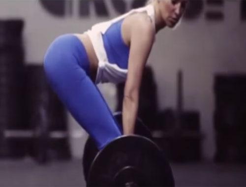 Burcu Esmersoy'un seksi reklamı olay yarattı!