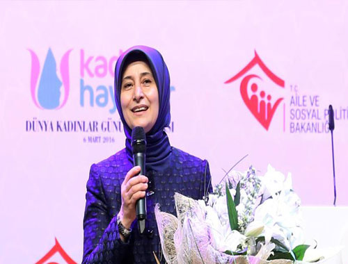 Sare Davutoğlu'ndan 'Kadın Hayattır' mesajı