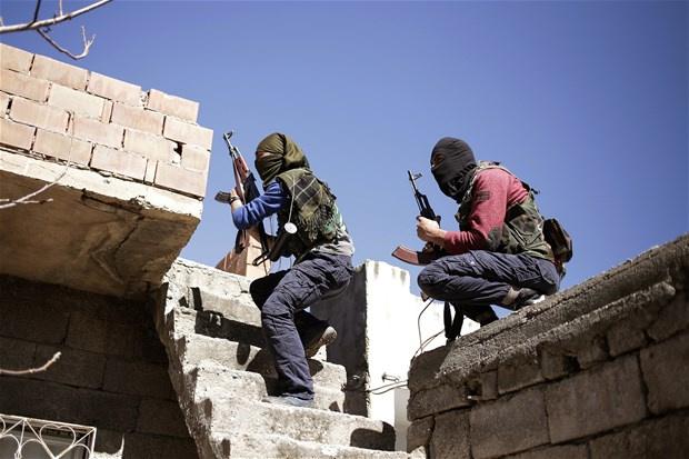 Mardin'de zırhlı araca bombalı saldırı!