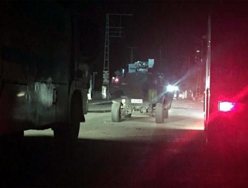 Van'da zırhlı araca bombalı saldırı!