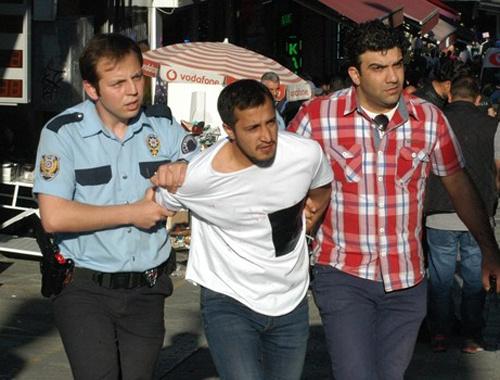 Kadıköy'ü karıştıran kavgada 3 yaralı!