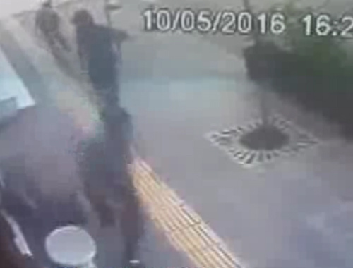 Diyarbakır'da patlama anı! Panik kamerada...