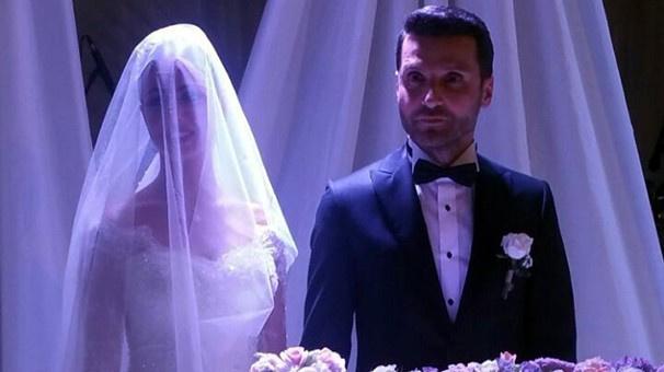 Sinan Özen evlendi! İşte yeni eşinin fotoğrafları