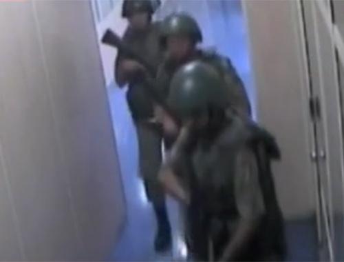 Darbe videoları! AKOM binasına saldırı anı