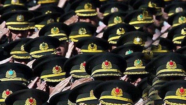 Firari askeri ataşeler için girişim başladı