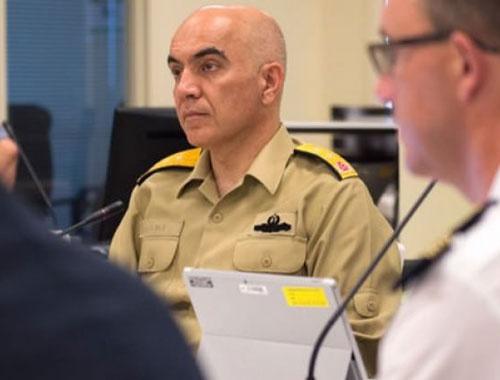 FETÖ firarisi Amiral NATO toplantısında!