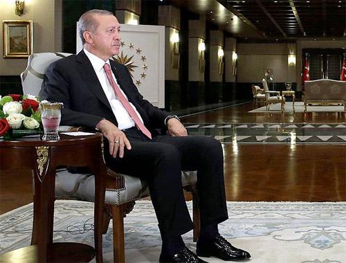 Erdoğan TRT'de anlattı meğer pilotu o gece...