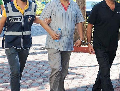 Ünlü iş adamı FETÖ'den gözaltında