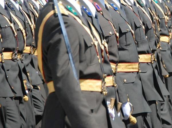TSK'dan ihraç edilen subaylar ve generallerin sayısı