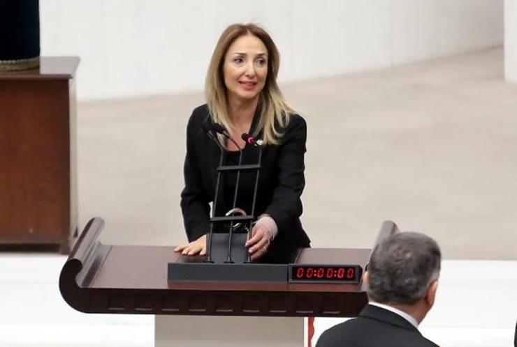 Aylin Nazlıaka'dan bomba MHP'li kelepçe iddiası