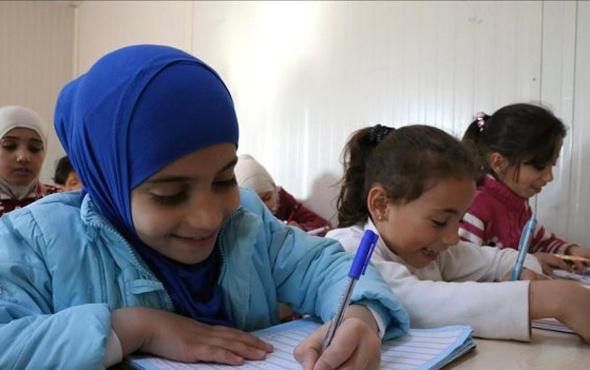 Suriyeli çocuklara 150 milyon avroluk hibe
