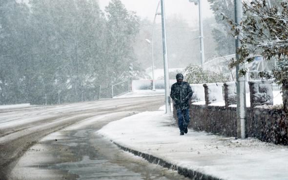 Kar esareti! 20 santim oldu 17 köye ulaşım yok