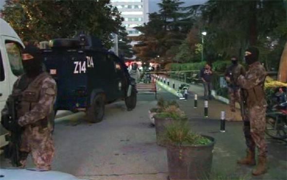 Hastane önünde silahlı çatışma: Çok sayıda yaralı var!