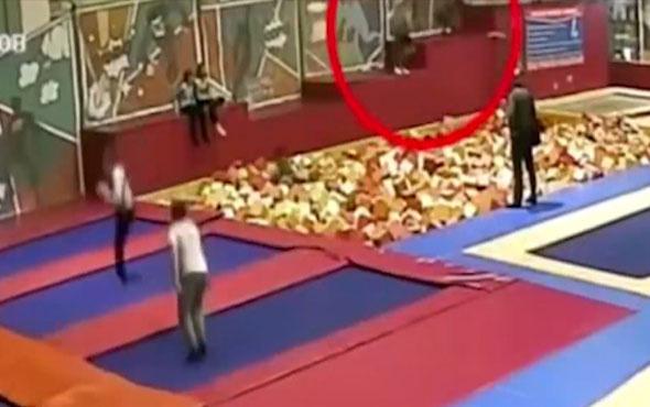 Rus politikacının oyun parkındaki ölüm anı