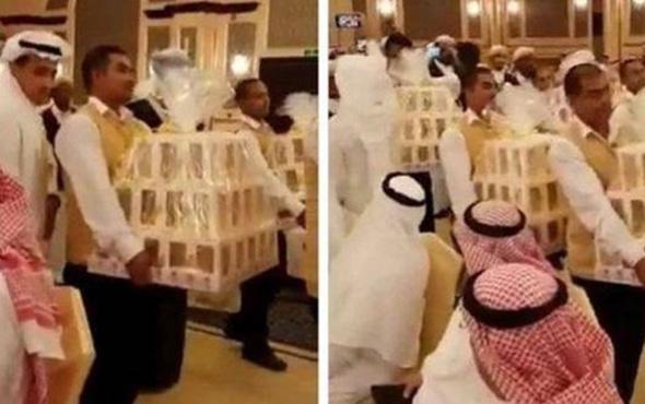 Düğüne gelen herkese iPhone 8 hediye edildi!