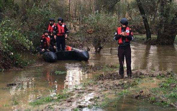 Askeri araç sele kapılmıştı! Kaybolan askerden acı haber