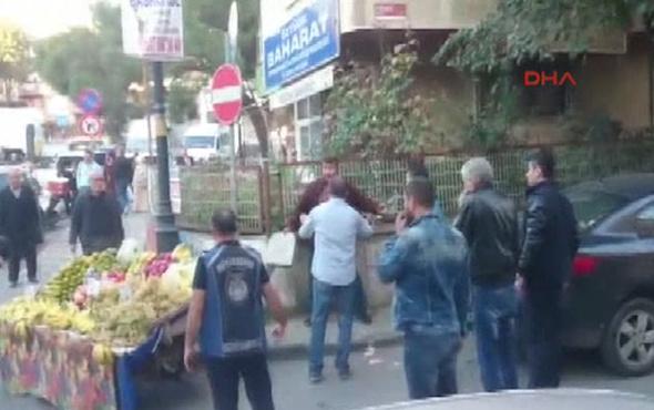 Seyyar satıcının bıçaklı direnişine vatandaş desteği!