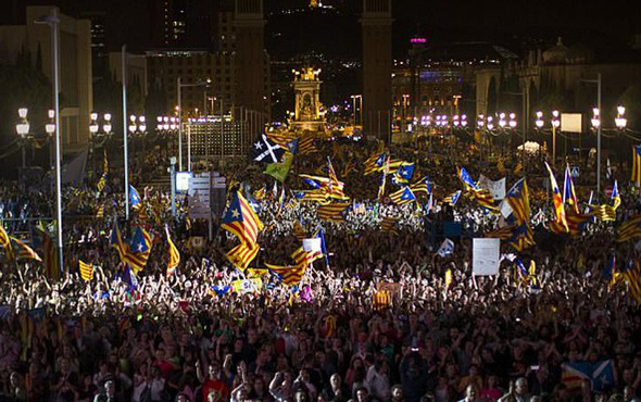 İspanya hükümeti Katalonya'da erken seçim tarihini açıkladı
