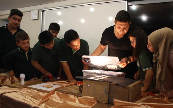 Ortaokul öğrencileri hurdadan teknoloji üretiyor