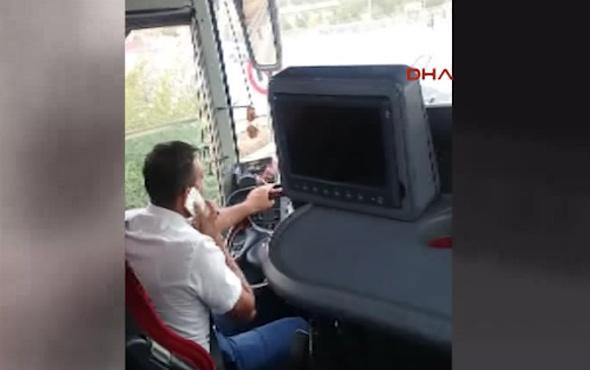 Bir elde direksiyon, diğerinde telefon!