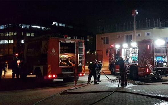 Stadyumda yangın paniği: Futbolcular tahliye edildi!