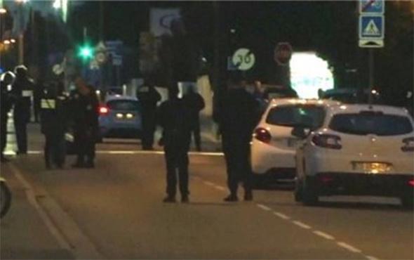Fransa'da öğrencilerin üzerine araç sürüldü: Yaralılar var!