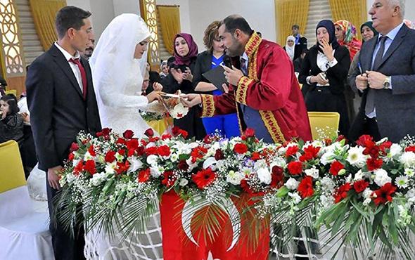 İlk 'müftü nikahı' kıyıldı