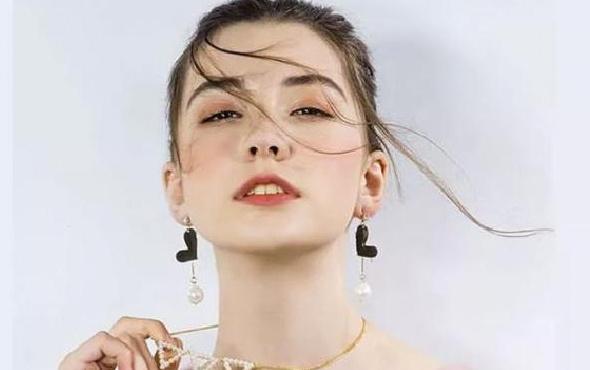 14 yaşındaki Rus modelin ölme nedeni belli oldu