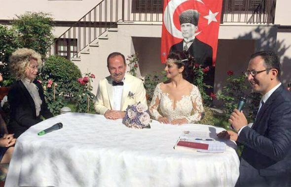 Edirne Belediye Başkanı Recep Gürkan kimdir hangi partiden eşi ile...