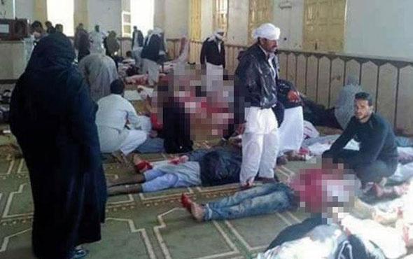 Mısır'da cuma namazı çıkışı korkunç patlama görüntüleri!